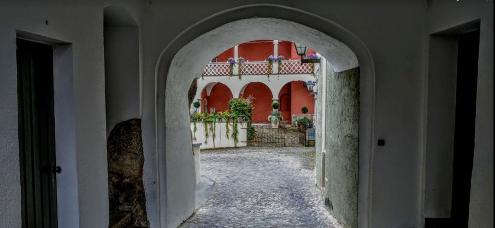 framed-by-archway