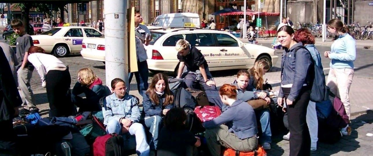 How to Travel in a Group - Waiting Time