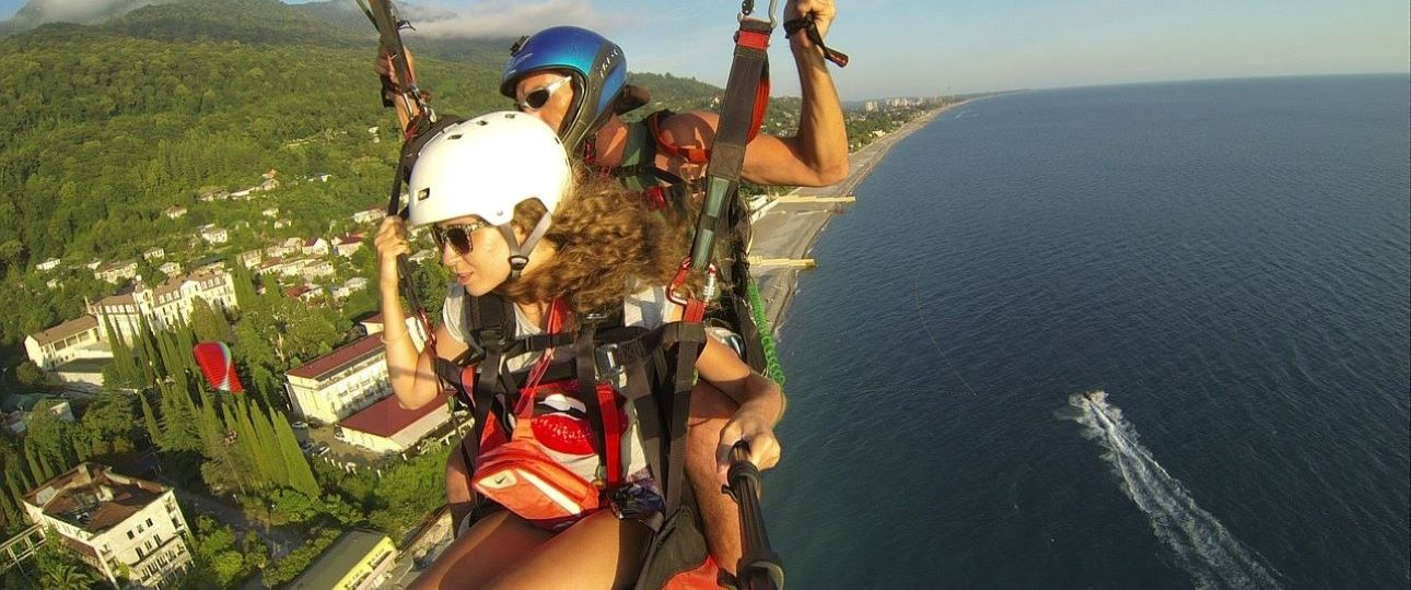 Best Gifts for a Couple - Paraglider GoPro